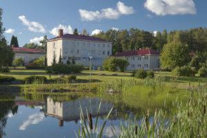 Oriveden Kampus - puisto ja lampi kuva: Jussi Valkeajoki